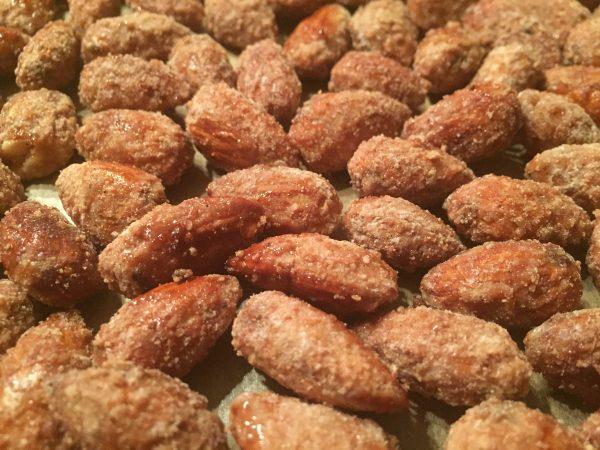 Gebrannte Mandeln mit wenig Zucker